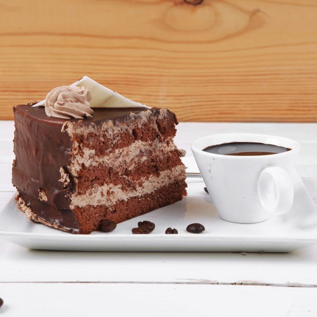 Exclussive offer with coffee & cakes